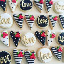 mini black and white valentines cookies