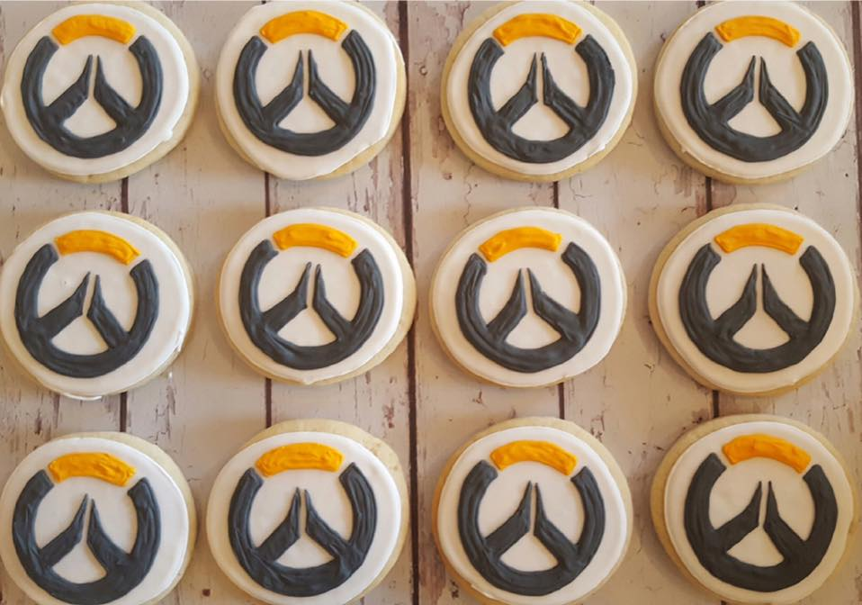 overwatch logo cookies