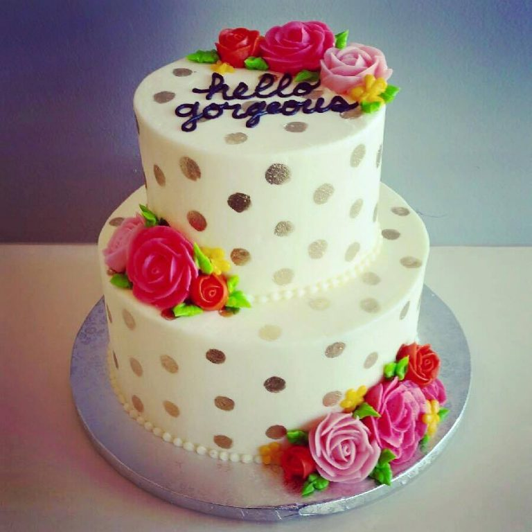2 tier hello gorgeous cake