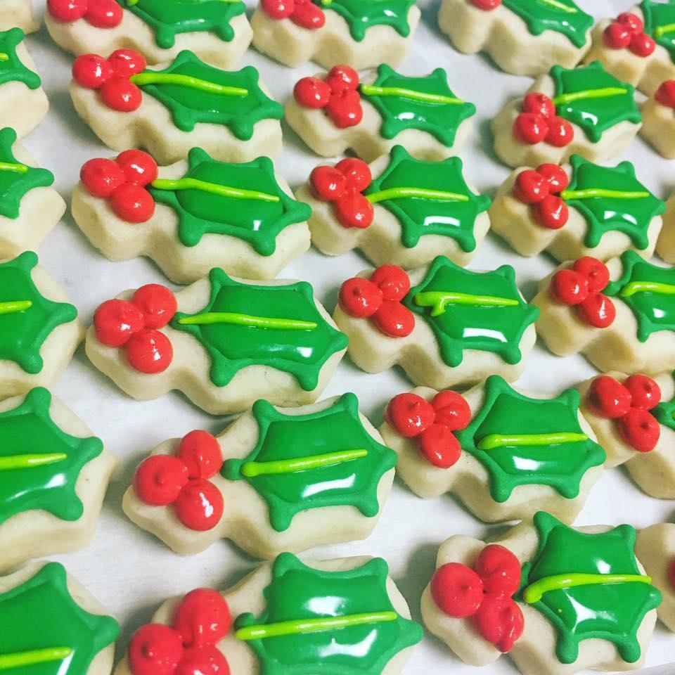 Mini Holly Leaf Cookies