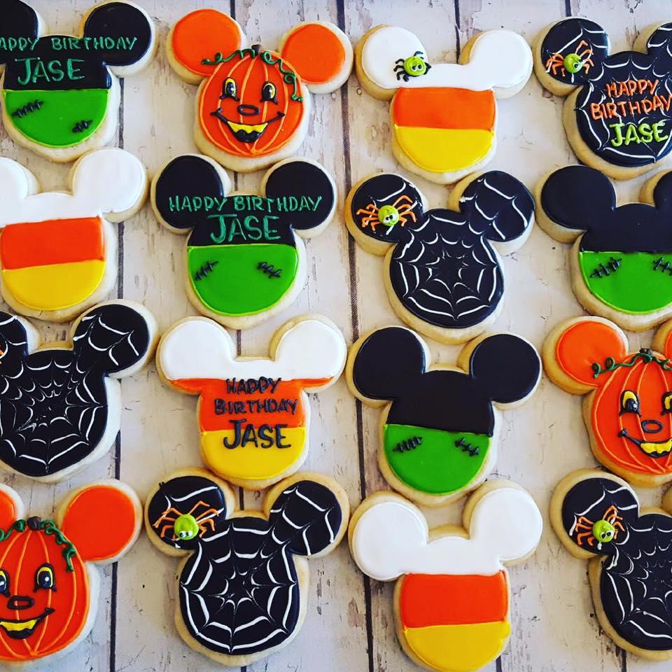 Mickey Mouse Halloween Cookies Hayley Cakes And Cookieshayley
