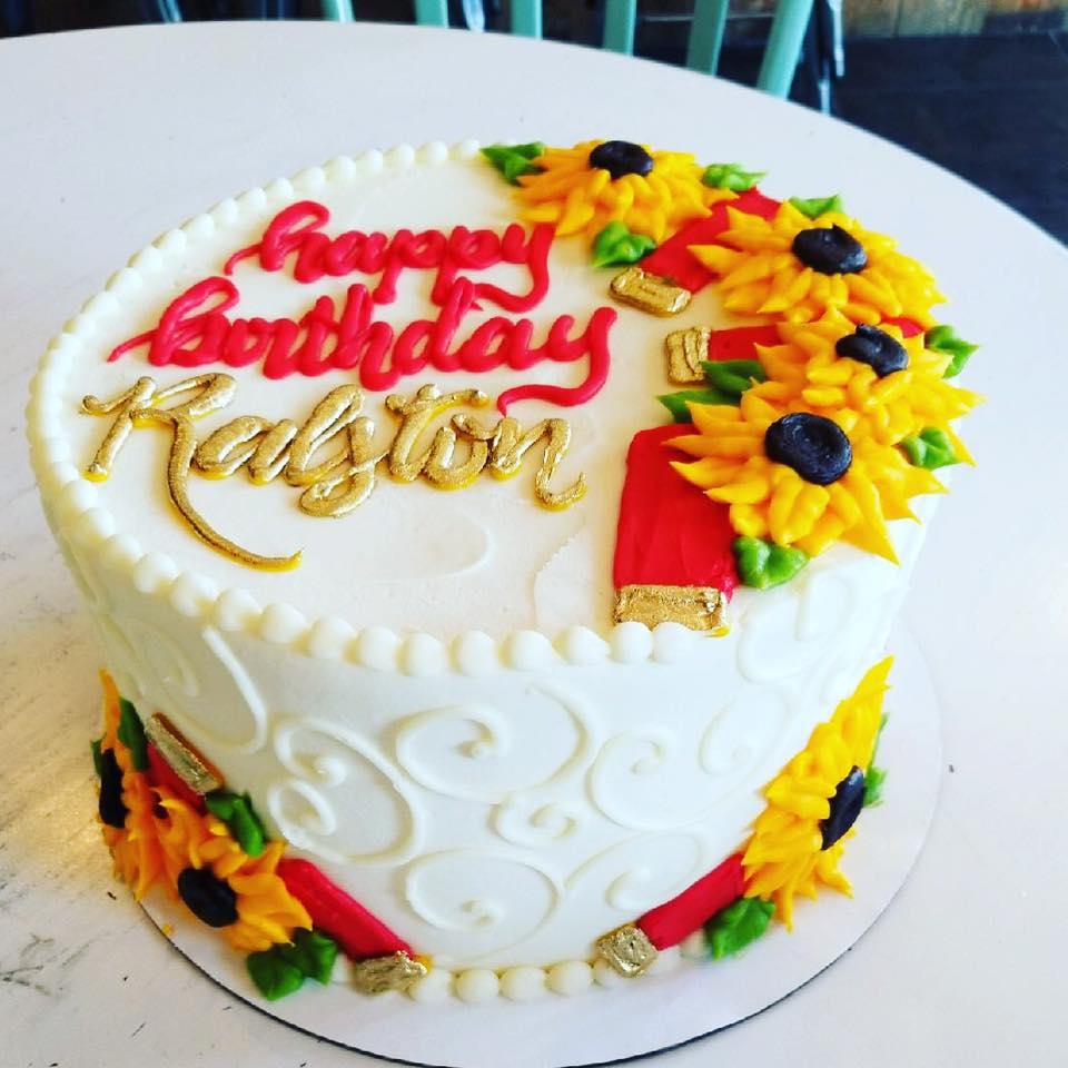 Shotgun Shells And Sunflowers Birthday Cake Hayley Cakes And