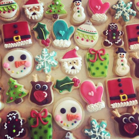 Holly Leaf Archives Hayley Cakes And Cookieshayley Cakes And Cookies