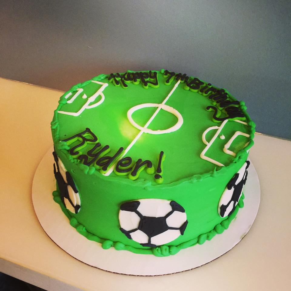 Strange Soccer Cake Hayley Cakes And Cookieshayley Cakes And Cookies Funny Birthday Cards Online Aboleapandamsfinfo